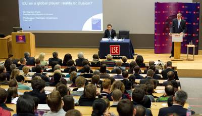 "President Dr Danilo Türk visited the London School of Economics and Political Science, where he gave a lecture entitled ""EU as a Global Player: Reality or Illusion?"" (Photo: Stanko Gruden/STA)"
