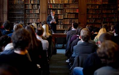 "President Dr Danilo Türk visited the prestigious British university society, the Oxford Union, where he gave a lecture entitled ""What kind of United Nations for the 21st century?"" (Photo: Stanko Gruden/STA)"